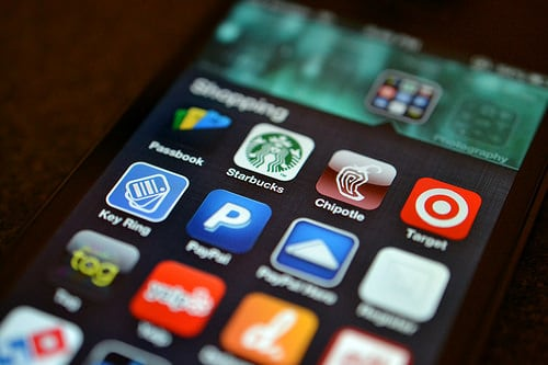 How To Shop Safely On Your Mobile Device This Holiday Season