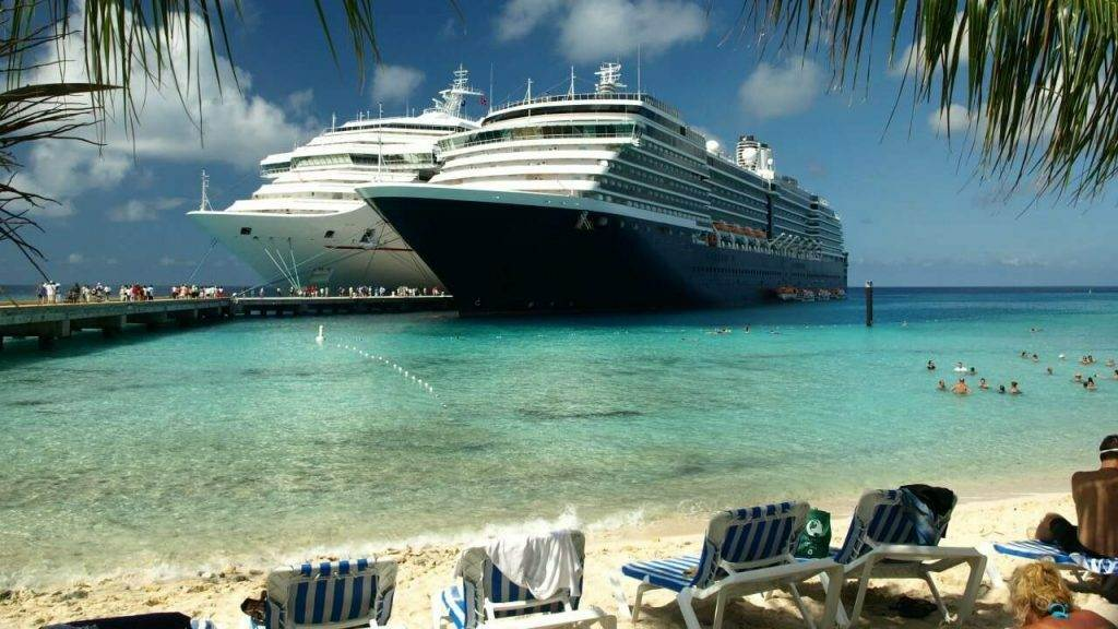 Simple ways to save money on unexpected cruise expenses