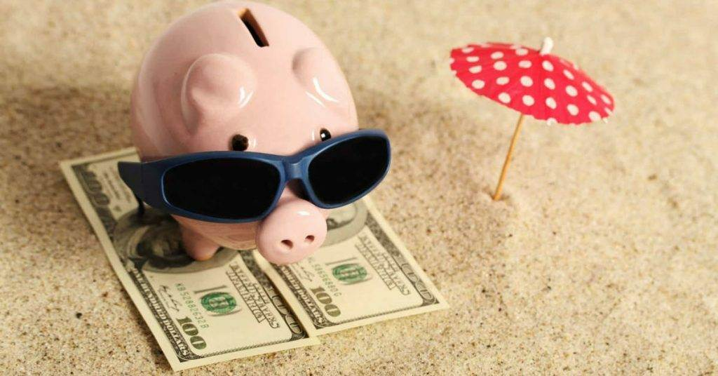 10 Apps that will save you money on your next vacation