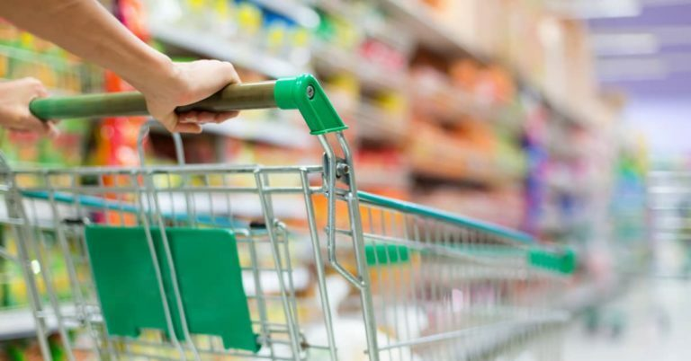 8 Apps to Save Money on Groceries Every Time You Shop
